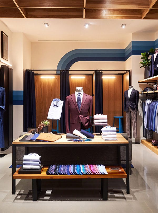 Inside of Bonobos guideshop