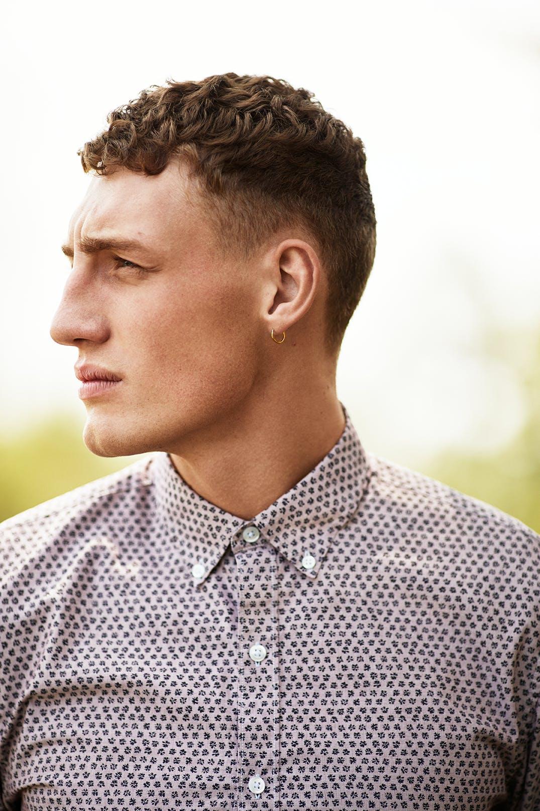 Man wearing Washed Button Down Shirt