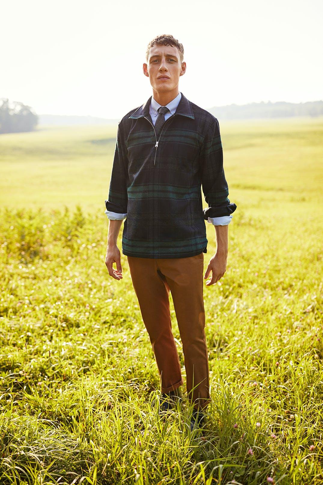 Man wearing Wool Popover