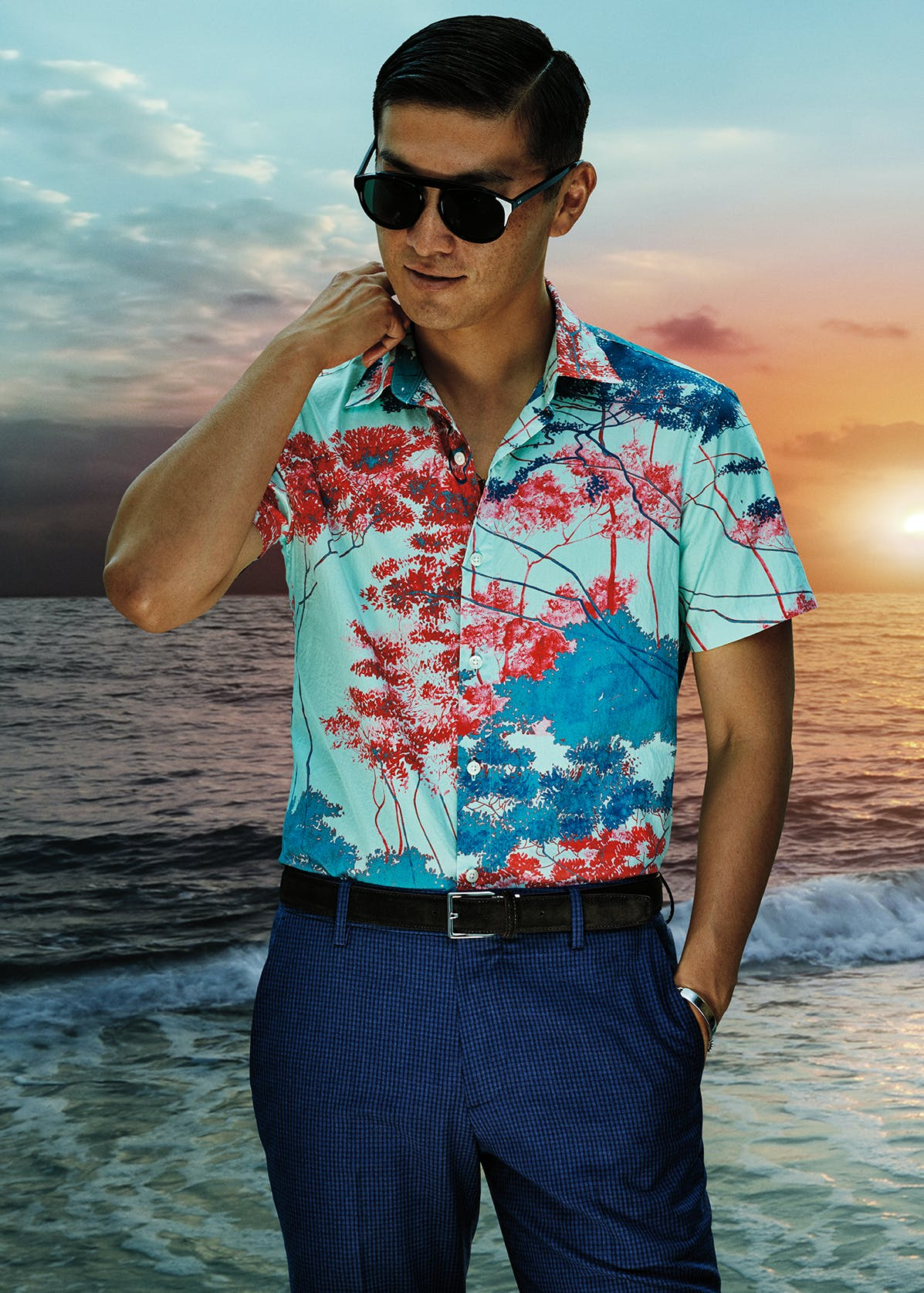 Man wearing Amalfi Premium Short Sleeve Shirt in Peach Forest Print